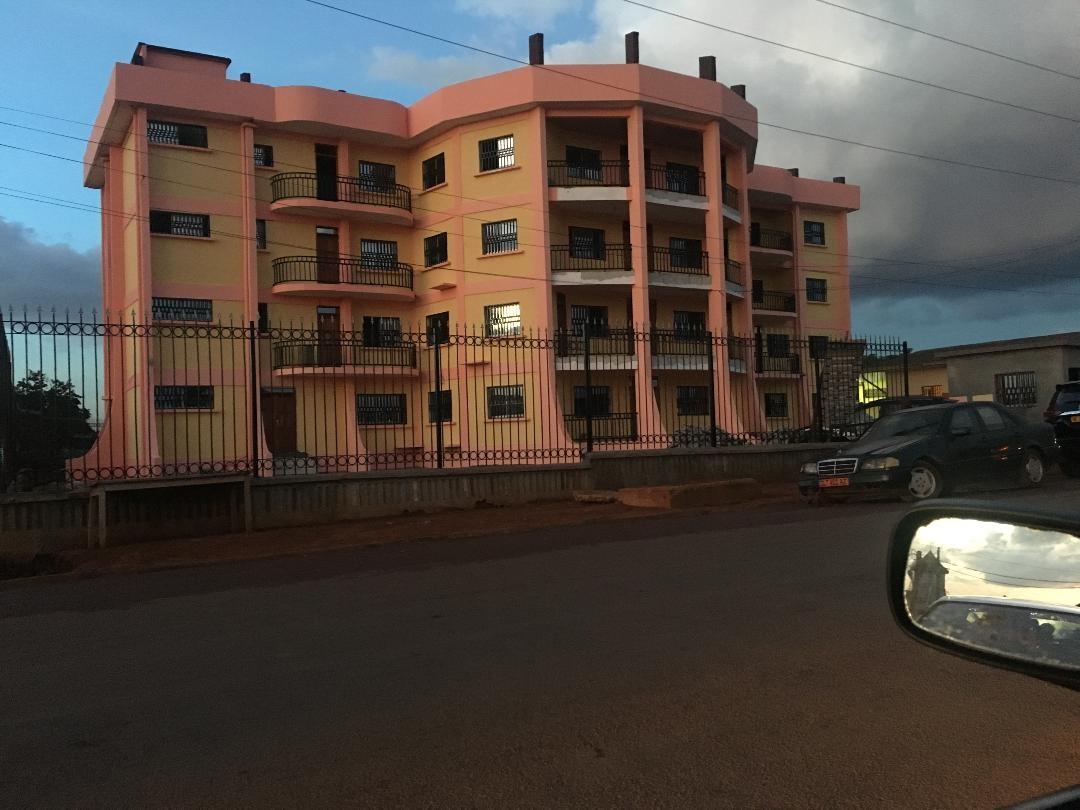 Hôtel de Police d'EKOUNOU-Yaoundé 98%